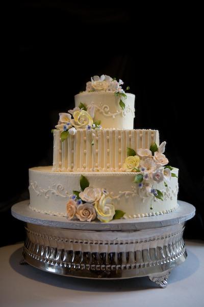 bakery lancaster pa wedding cakes birthday cakes pastries cakes