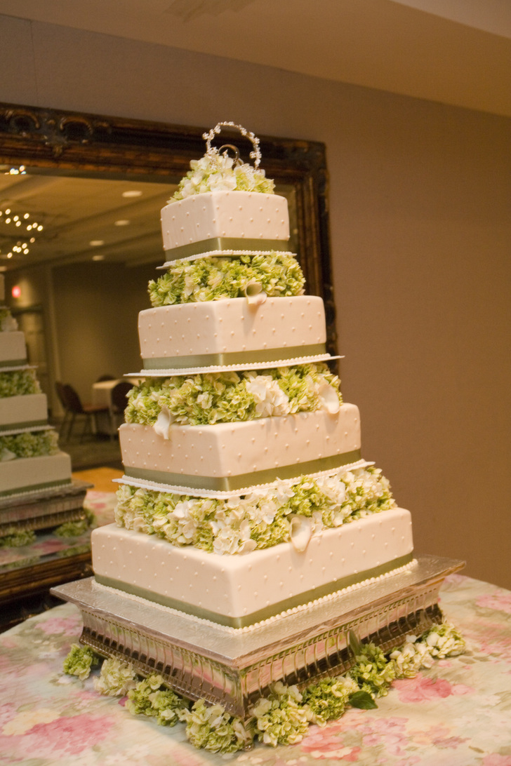 Wedding Cakes | Byers Butterflake Bakery, Lancaster, PA - Wedding ...